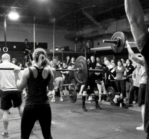 Guía para principiantes de CrossFit: ¡8 cosas que debe saber antes de comenzar!